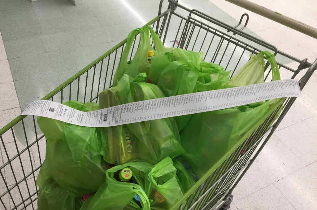 タイのスーパーBIGCでお買い物