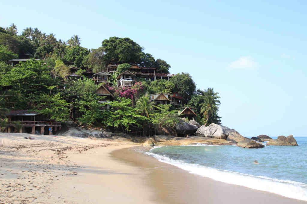タイパンガン島にあるThan Sadet Beach