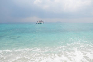 パタヤ沖に浮かぶリン島