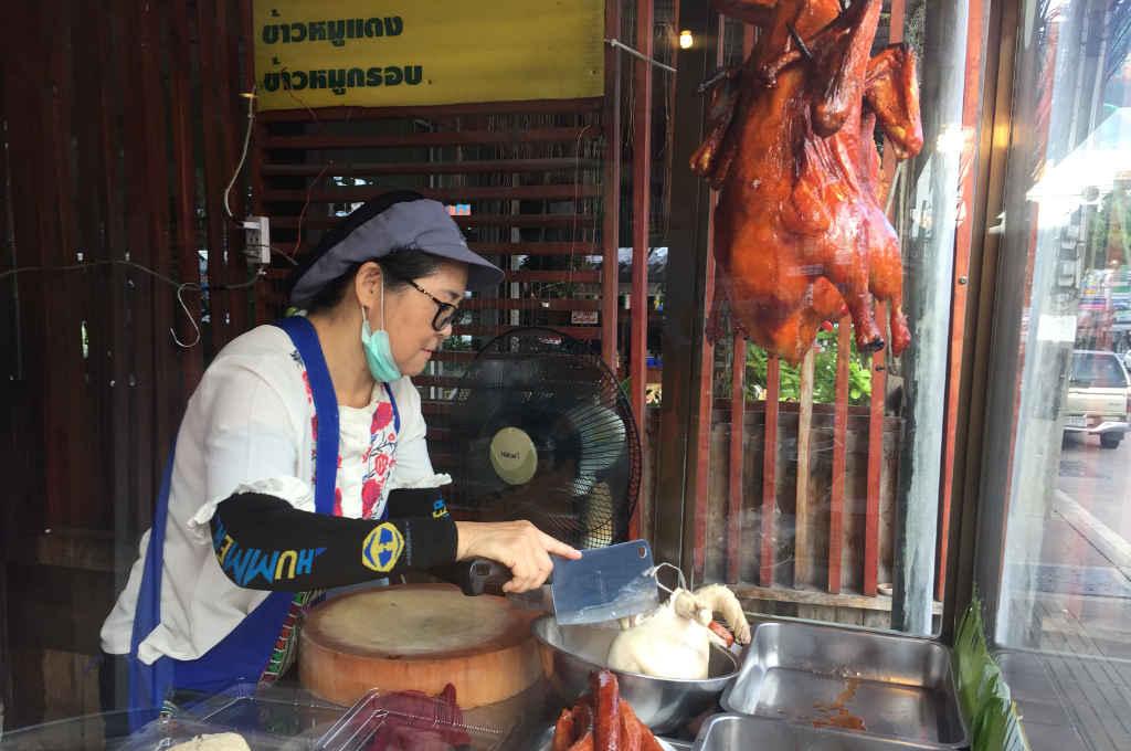 パタヤの美味しいカオマンガイ店