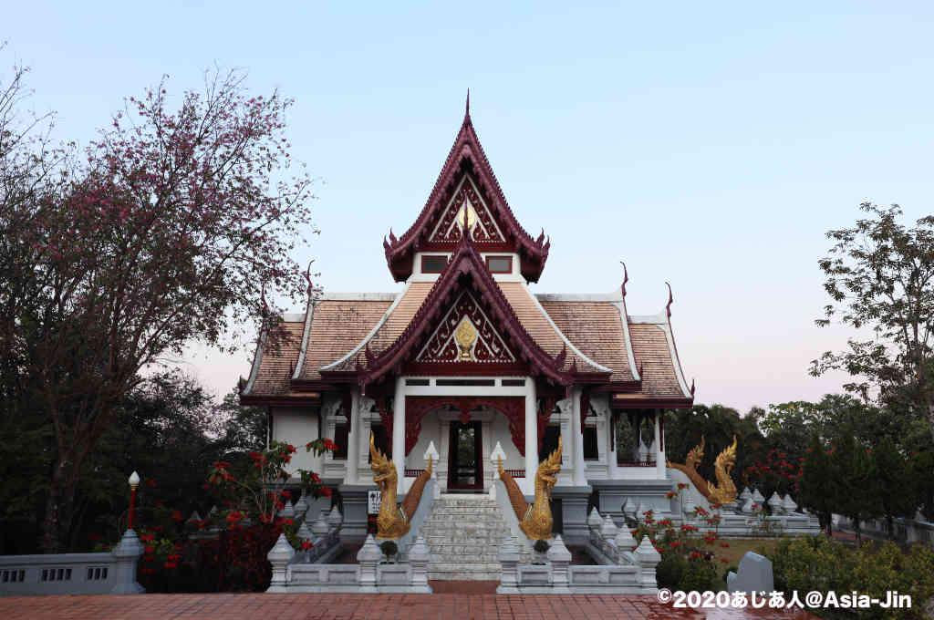 メーサロンの寺院「サンティキリ」