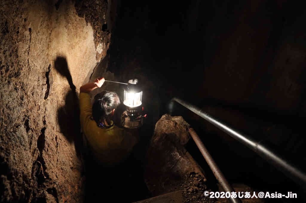 チェンダオケイブの洞窟寺院